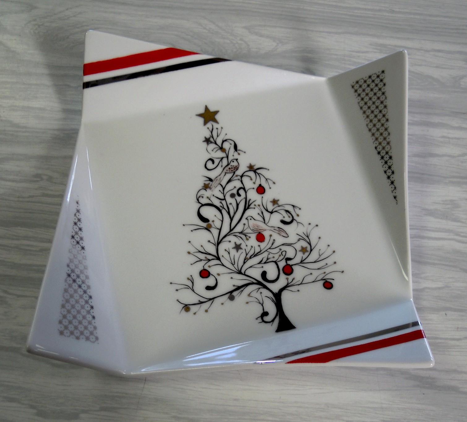 plus de 1000 id es propos de peinture porcelaine sur pinterest porcelaine peinture et mary. Black Bedroom Furniture Sets. Home Design Ideas